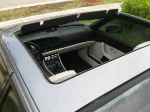 Porsche 944 sunroof